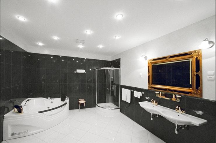 Baños Estilo Barroco:El restaurante de este precioso hotel boutique , en una atmosfera del