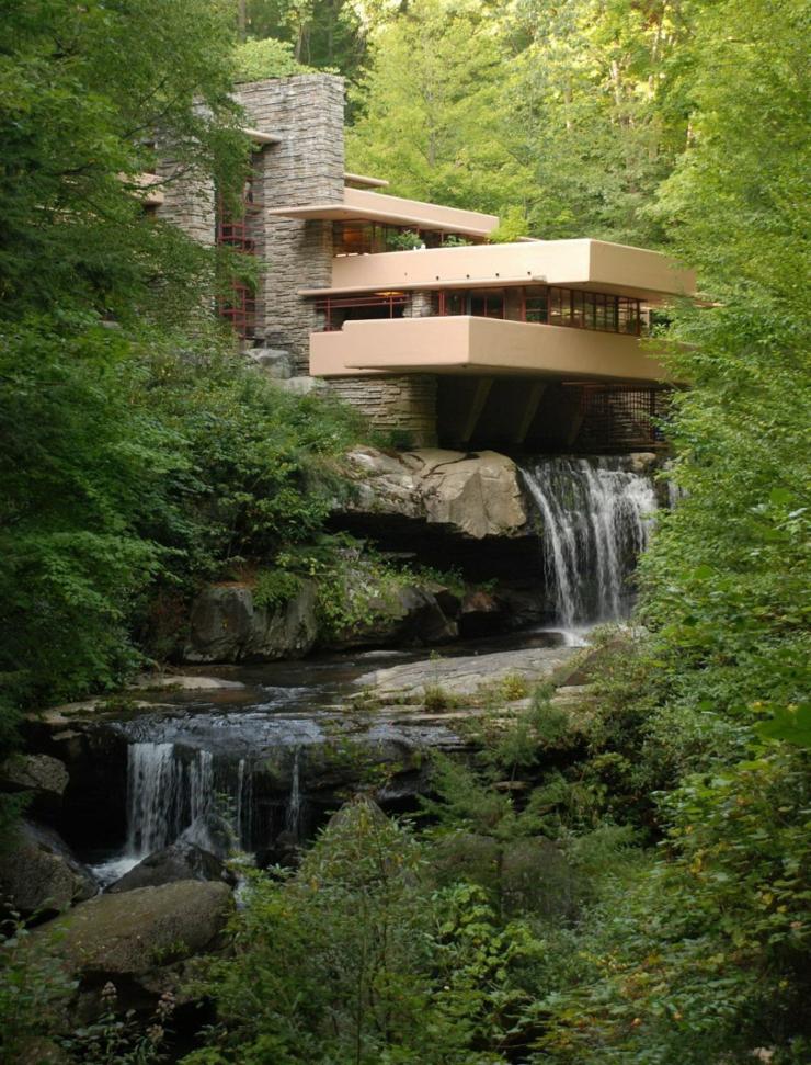 La casa de la cascada del famoso arquitecto frank lloyd for Arquitectura y diseno de hoteles