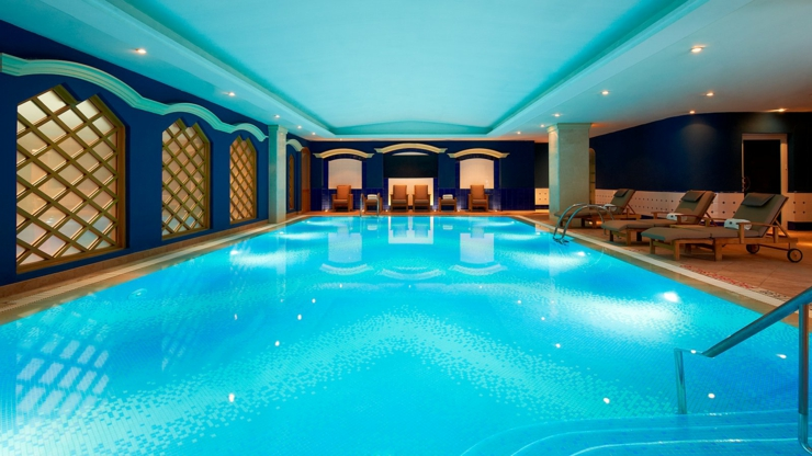 Uno de los mejores hoteles en valencia dispone de la suite m s grande y lujosa de los hoteles de - Piscinas cubiertas en valencia ...