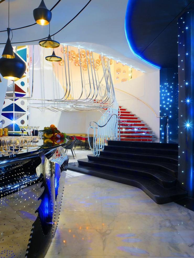 boscolo hotel en miln ofrece a los turistas modernos un nuevo concepto de hotel milan ambiente artistico