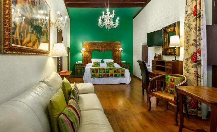 hoteles sevilla diseno andaluz