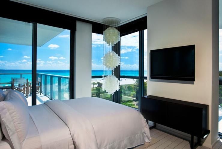 W south beach un hotel moderno y conformable en miami for Hoteles de lujo modernos