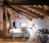 amplio loft hostal italia vistas plaza