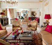 emblematico hotel plaza athenee paris