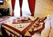 pequeno-coqueto-hotel-praga-1855