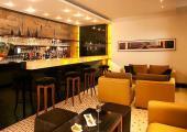 bar hotel the manor