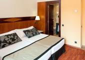 dormitorio amplio diseno moderno