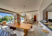 cocina moderna villa alquiler