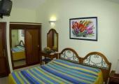 dormitorio conocido hotel gay