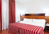 dormitorio hotel barcelona chic moderno