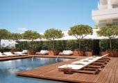piscina amplia hotel honolulu