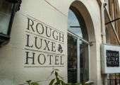 rough luxe hotel personalidad