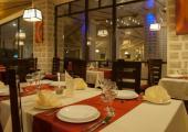 restaurante ofrece cocina tipica