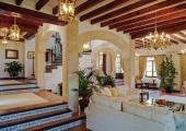 sala espaciosa villa privada