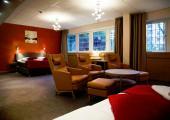 suite hotel espaciosa moderna
