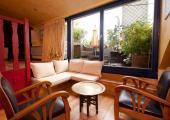 amplia suite terraza jardin privados