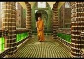 turitas visitan templo budista