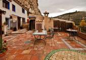 amplia terraza arabe casa alquiler