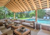 terraza cubietra piscina externa